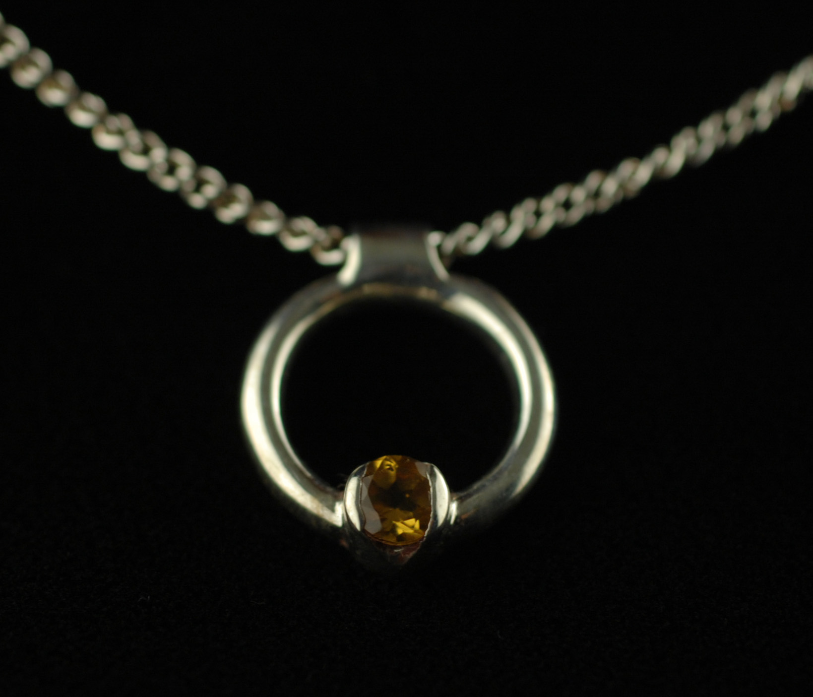 simple citrine front